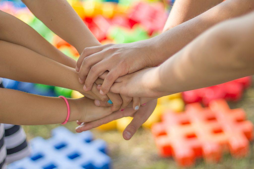 Teixir xarxes d'ajuda mútua - Psicòlegs per la Independència